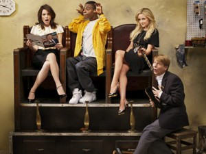30 Rock cancelled renewed by NBC for season five