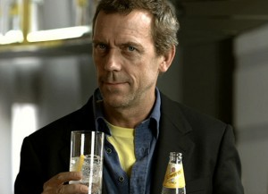 Awards Season: People´s Choice Awards – Hugh Laurie gets a standing ovation from the crowd