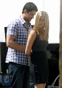 Scandal? Jennifer Aniston Arrested! Just in her new movie…