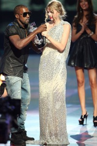 video of kanye west interrupting taylor swift on mtv vma awards