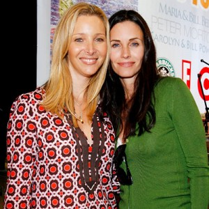 lisa kudrow joins courteney cox on cougar town