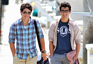 Cancelled and Renewed Shows 2010: Disney cancels Jonas LA