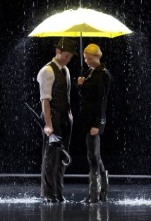 the substitute-gwyneth-paltrow-matthew-morrison-glee-umbrella
