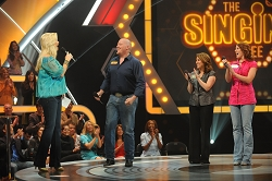 singing-bee-renewed-season-4-cmt-3