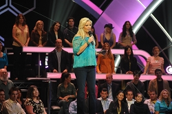 singing-bee-renewed-season-4-cmt-6