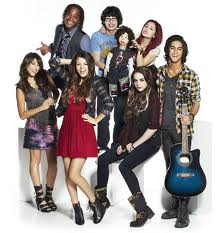victorious-cancelled-renewed-season-three-nickelodeon