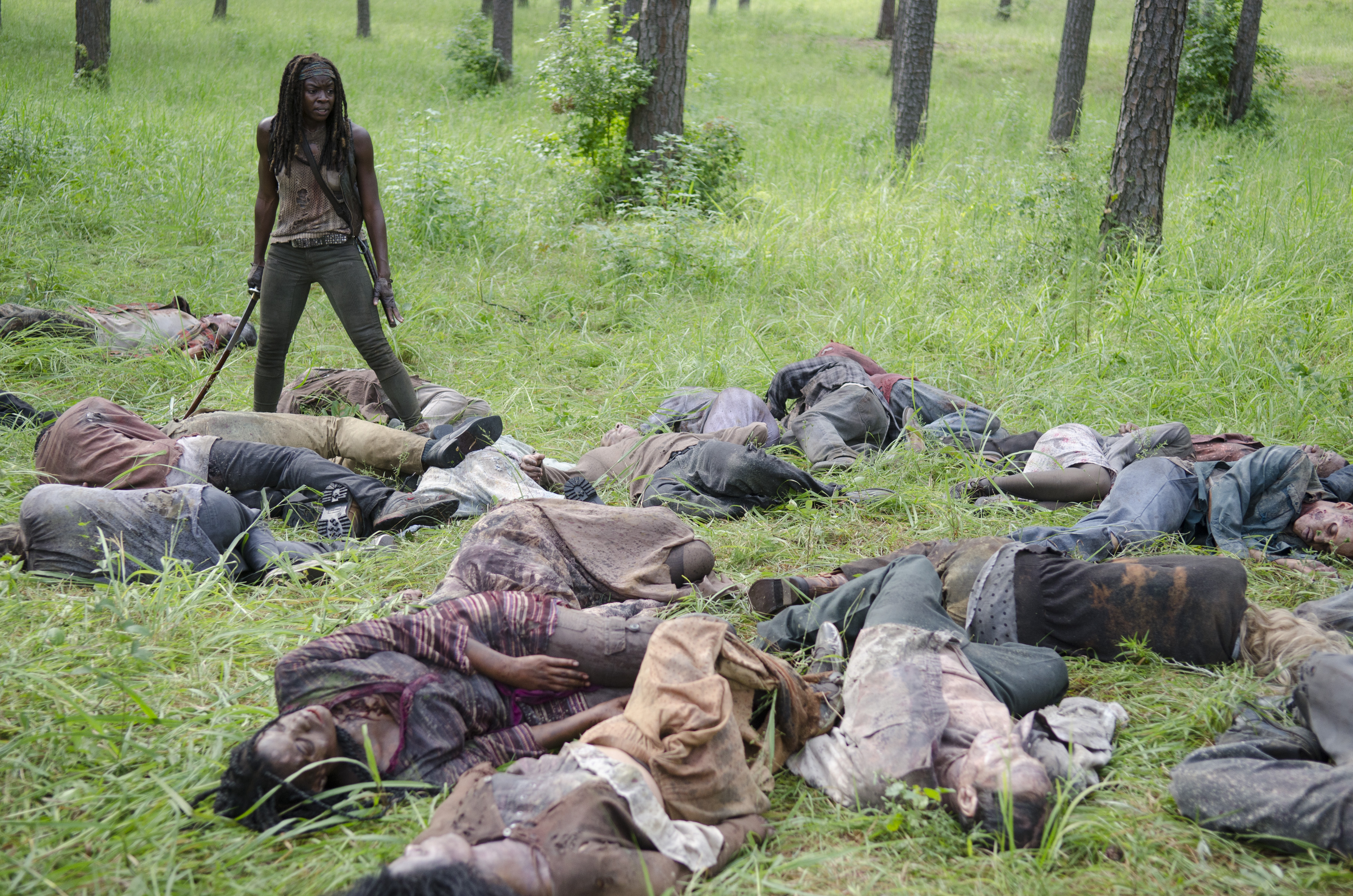 Michonee-kills-gazillion-zombies-walking-dead