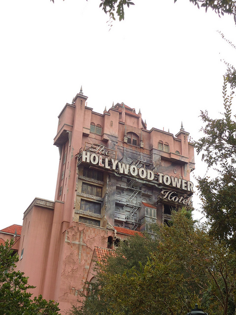 disney hollywood studios review tower hotel