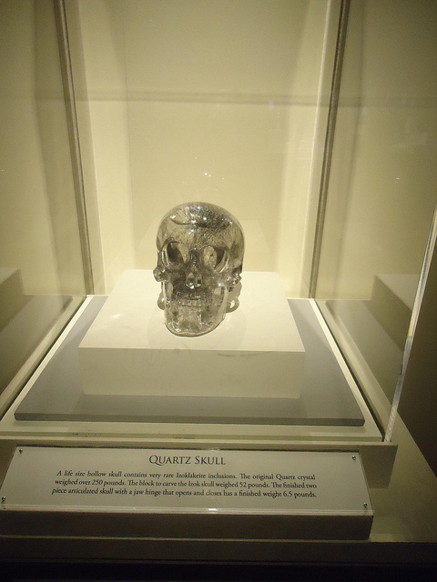 Quartz Skull HOsuton Museum Natural Science