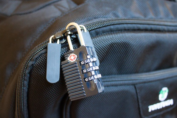 http://backpackeradvice.com/images/security.jpeg