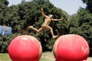 Cancelled Shows 2010: Abc renews Wipeout