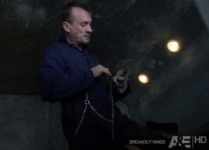 Breakout Kings S01E03 The Bag Man best Quotes, spoilers