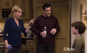 Modern Family S02E18 Boys Night Quotes and Spoilers