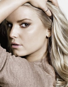 Fashion Star Casting News: Jessica Simpson joins as mentor